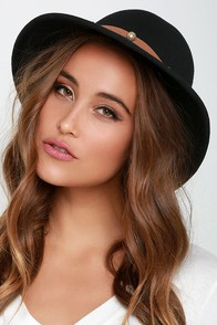 Lucy Love Houligan Black Felt Hat at Lulus.com!