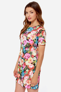 Poppy Lux Esme Floral Print Shift Dress at Lulus.com!