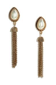 Pearly Gumdrops Gold and Pearl Tassel Earrings at Lulus.com!
