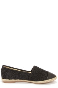 Dollhouse Voyage Black Lace Espadrille Flats at Lulus.com!