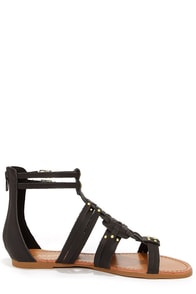 Bamboo Sawyer 06 Black and Gold Gladiator Sandals at Lulus.com!