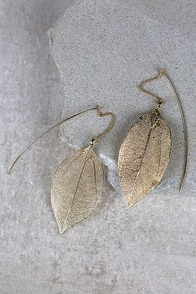 Leaf Bed Gold Leaf Threader Earrings at Lulus.com!