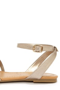 City Classified Nista Bronze Sandals at Lulus.com!