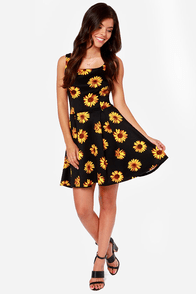 All Decked Sprout Black Floral Print Dress at Lulus.com!