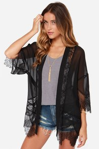 Rambling Rose Black Lace Kimono Top at Lulus.com!