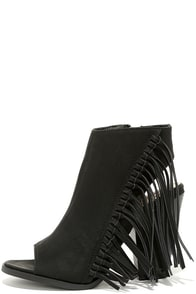 Fringe Lover Black Peep-Toe Fringe Booties at Lulus.com!