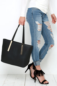 Prima Donna Girl Black Tote at Lulus.com!