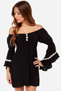 Lucy Love Wild Child Black Off-the-Shoulder Dress at Lulus.com!