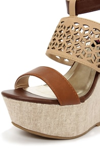 Dollhouse Status Brown Super Platform Wedge Sandals at Lulus.com!