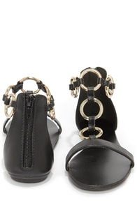Bamboo Haile 14 Black and Gold Rings Flat Sandals at Lulus.com!