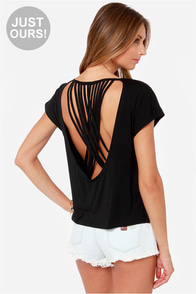 LULUS Exclusive Crisscross Awesome Sauce Black Top at Lulus.com!