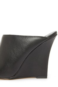 Heart Soul Marilla Black Mule Wedges at Lulus.com!