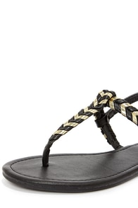 Bamboo Josalyn 06 Black and Gold Thong Sandals at Lulus.com!