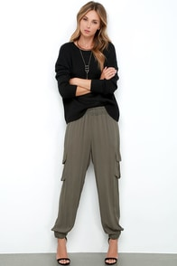 Catch My Breath Olive Green Jogger Pants at Lulus.com!