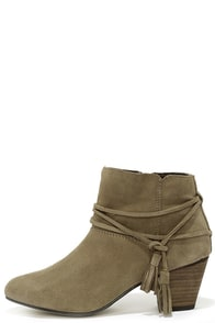 Chelsea Crew Bash Taupe Suede Leather Booties at Lulus.com!