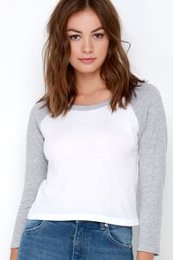 RVCA Label Crop Raglan Ivory and Grey Long Sleeve Top at Lulus.com!