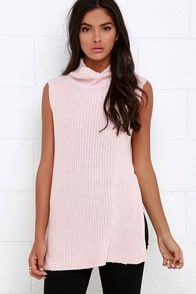 Far Side Blush Pink Sleeveless Sweater Top at Lulus.com!