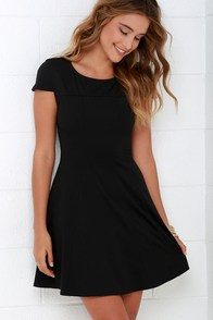Lingering Kiss Black Dress at Lulus.com!
