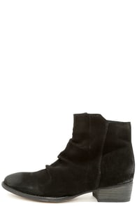 Seychelles Garnet Black Suede Leather Ankle Boots at Lulus.com!