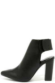 Point Made Black Pointed Toe Booties at Lulus.com!