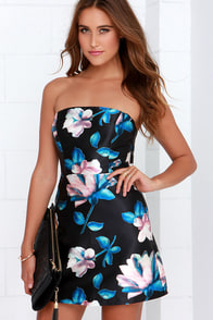 Beneath the Blossoms Black Floral Print Strapless Dress at Lulus.com!