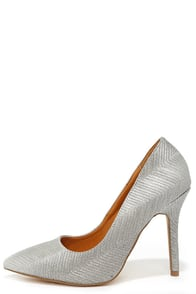 Get Ridge Quick Pewter Pointed Pumps at Lulus.com!