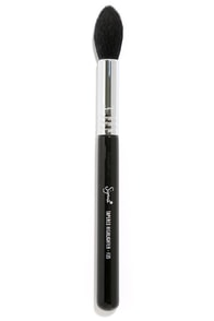 Sigma F35 Tapered Highlighter Makeup Brush at Lulus.com!