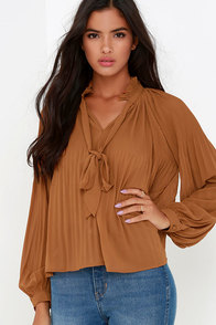 Palace of Versailles Tan Long Sleeve Top at Lulus.com!