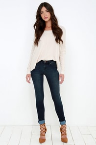 Dittos Mary Dark Wash Skinny Jeans at Lulus.com!
