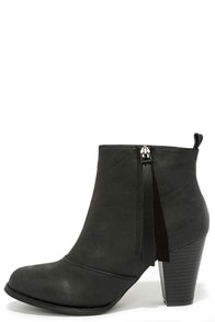 Something So Right Black High Heel Booties at Lulus.com!