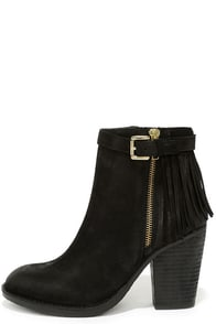 Steve Madden Woodmeer Black Nubuck Leather Fringe Booties at Lulus.com!