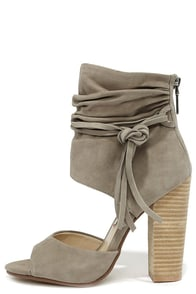 Chinese Laundry Leigh 2 Grey Kid Suede Booties at Lulus.com!