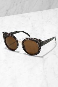 Quay Dream of Me Black Tortoise Sunglasses at Lulus.com!