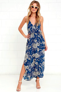 Along the Waterway Blue Floral Print Midi Dress