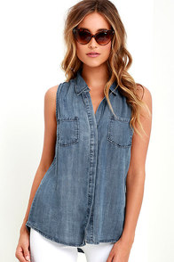 Courtesy Collar Blue Chambray Top