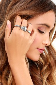 Fingers Crossed Silver Ring Set