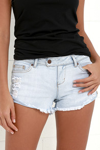 Dittos Alma Light Wash Distressed Shorts