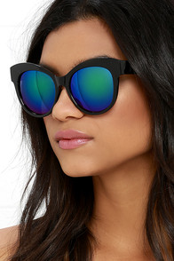Shadow and Light Black and Purple Mirrored Sunglasses