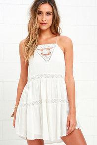 image Amuse Society Linnea Ivory Lace Dress