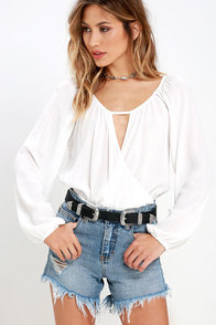 Sand Road Ivory Long Sleeve Crop Top at Lulus.com!