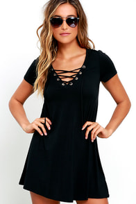 Wonderland Black Lace-Up Swing Dress
