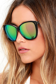 Style and Slang Black and Green Mirrored Sunglasses at Lulus.com!