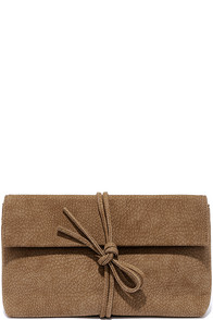 Tying to See Ya Tan Clutch at Lulus.com!