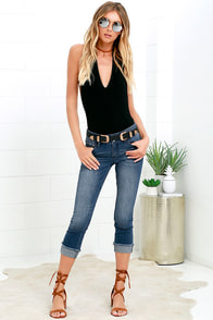 image Dittos Skylar Medium Wash Cropped Skinny Jeans
