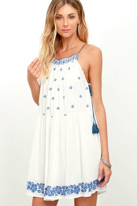 Patrons Of Peace Sandy Blue And Ivory Embroidered Dress at Lulus.com!