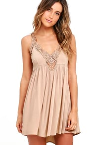 Amor Mio Beige Backless Lace Dress at Lulus.com!
