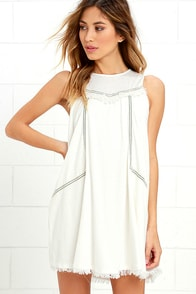 Moon River Coastal Tour Ivory Swing Dress at Lulus.com!