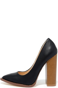 image Time Step Black Pointed Pumps