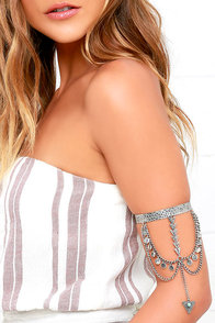 image Arrow's Fall Silver Arm Cuff