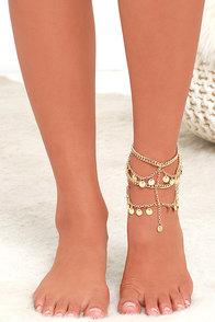 Roaming Rome Gold Foot Bracelet